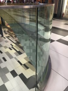 Glass balustrade in a shopping center