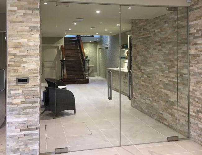 Spa glass doors